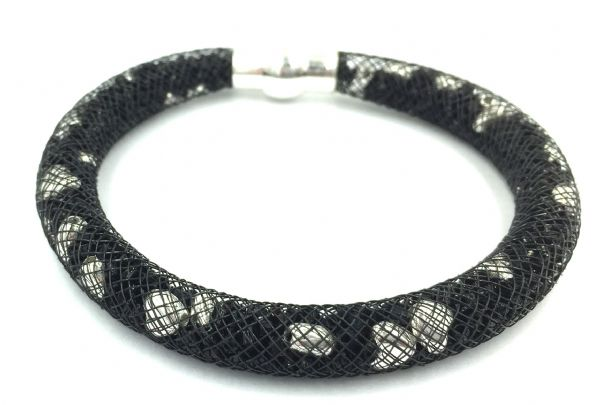 Starburst bracelet - Black beads - Silver hearts with black mesh - Makes 5 bracelets MKv01